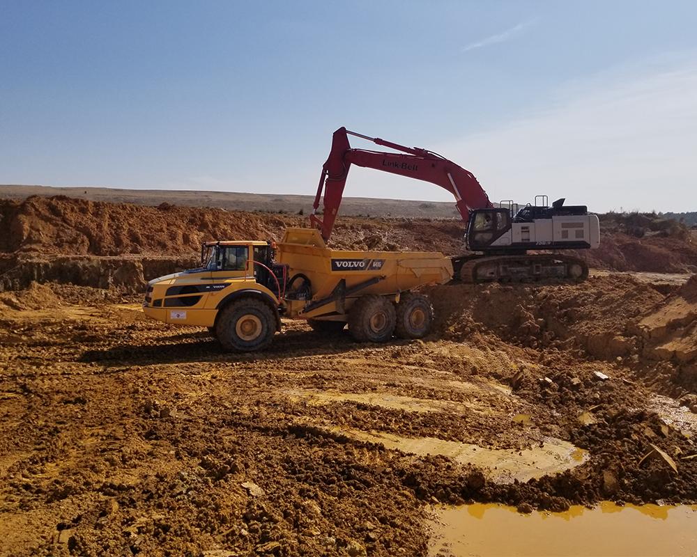 Sargent's Volvo's Dumptruck And Excavator Onsite